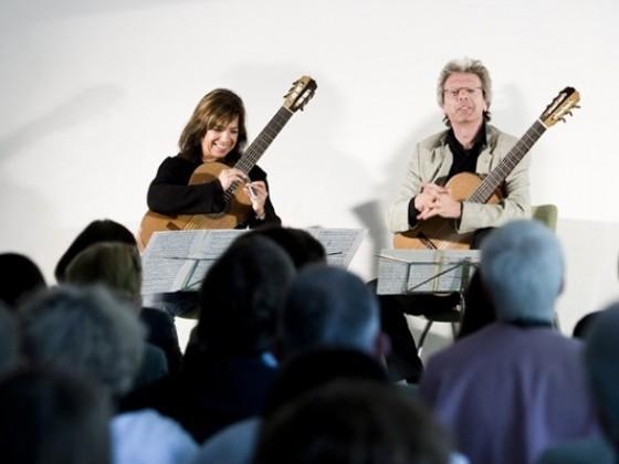 2009 Amadeus Guitar Duo (Germany/Canada),  Luz de Luna (Belgium)